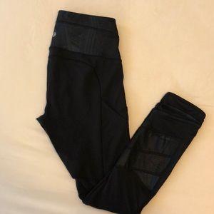 Lululemon Cropped Athletic Pants
